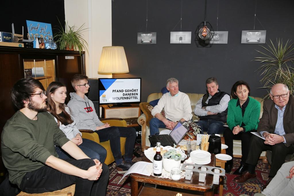 """Förderprojekt 2020 Initiativgruppe """"Pfand Gehört Daneben"""